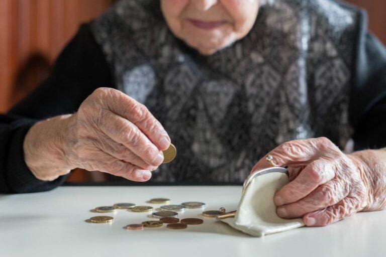 Kansfonds - Kwetsbare ouderen - muntgeld aan het tellen